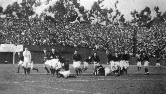 The Big Game between Stanford and California was played as rugby union from 1906 to 1914.